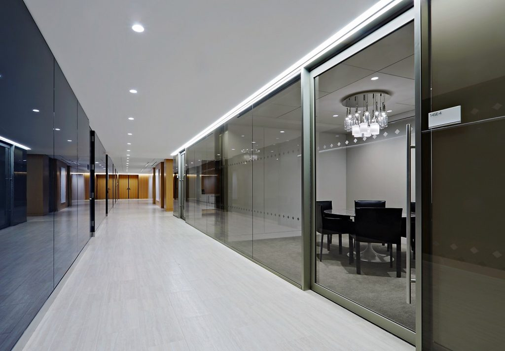 hallways-and-open-floor-image-1
