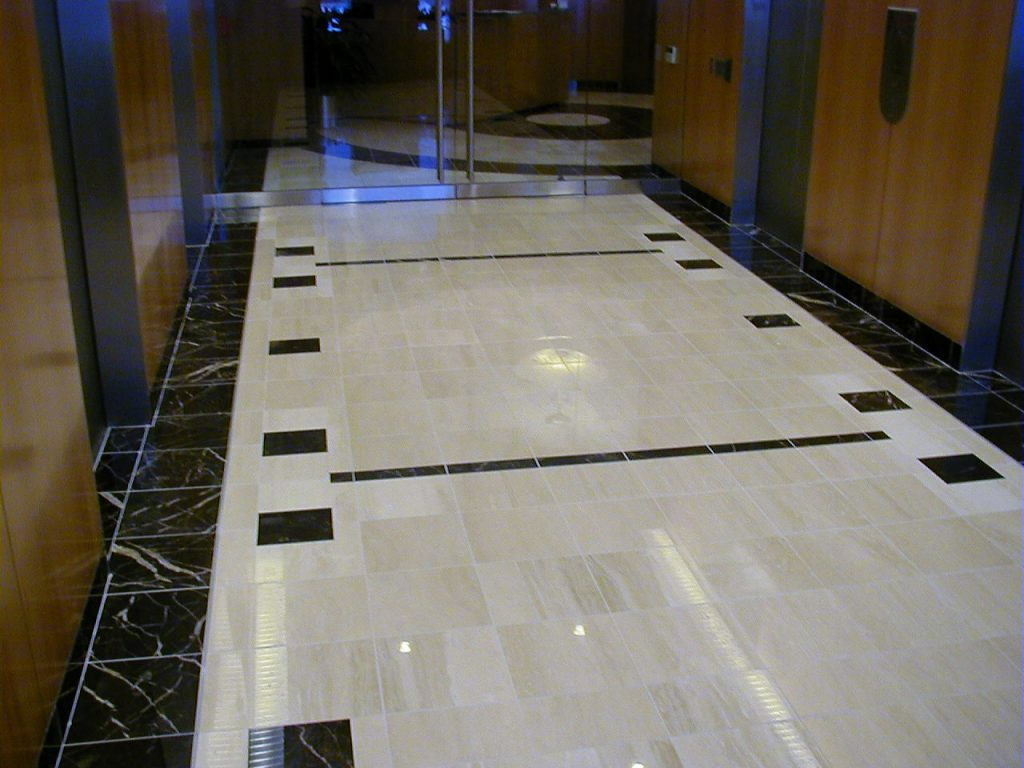 hallways-and-open-floor-image-3